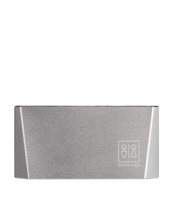Novosan kuutio-käsienkuivaaja. Väri ja tuotenumero: hopea, NDR4-S.