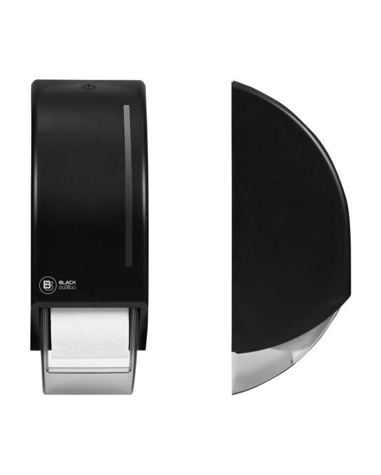 BlackSatino-WC-paperiannostelija järjestelmärullille. Annostelija kuvattuna edestä ja sivulta. Musta värivaihtoehto. Tuotenumero: 331950.