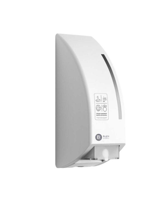 BlackSatino-annostelija WC-pintojen ja -istuimen desinfiointiin. Annostelija on kuvattu viistosi sivulta. Väri: mattavalkoinen. Tuotenumero: 332750.